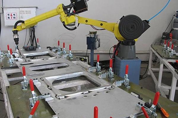 焊接机器手